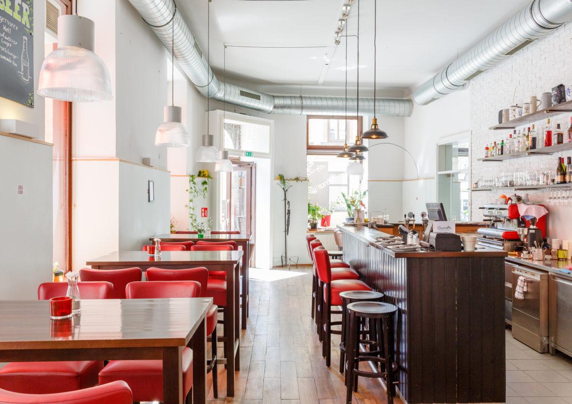 Gundis Cafe & Restaurant 1070